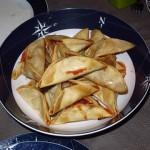«Tricornios», Saquitos de queso de cabra, jamón y mermelada de tomate